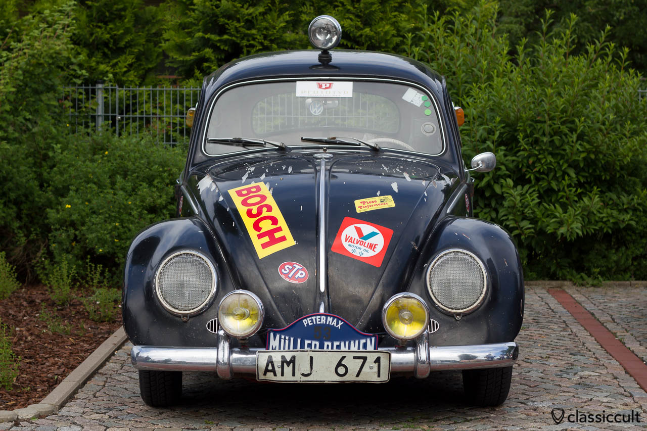 VW Käfer vom Petermax Müller Rennen auf dem Veteranentreffen in Hessisch Oldendorf 2013