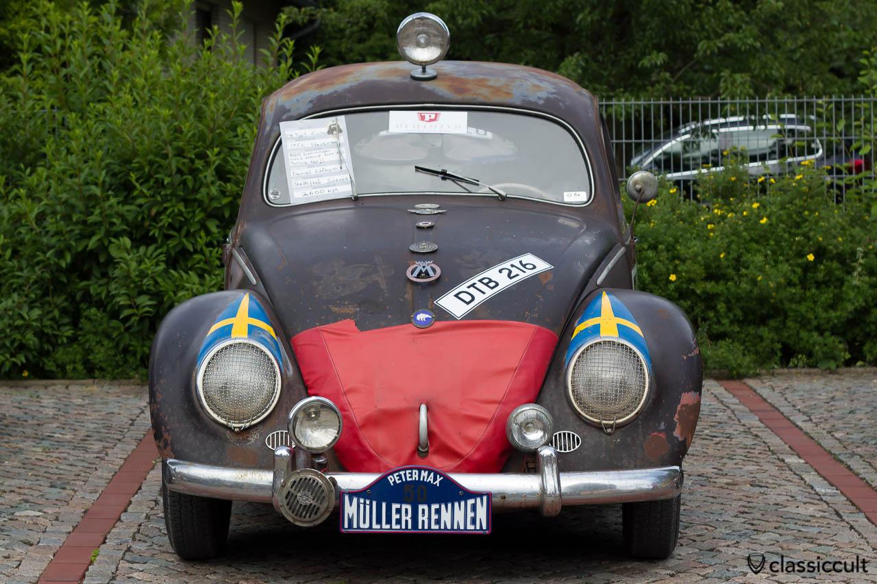 VW Brezel Käfer vom Petermax Müller Rennen auf dem VW Veteranentreffen in Hessisch Oldendorf 2013