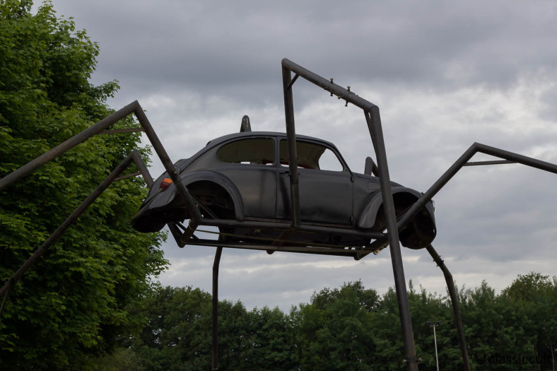 Spider made from a Volkswagen Beetle