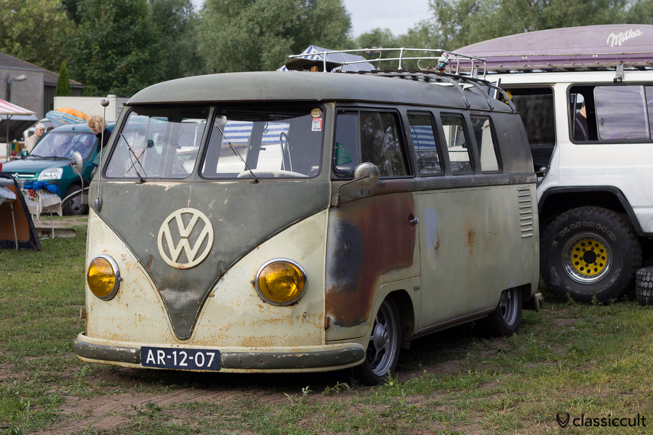 VW T1 Split with yellow headlight lens, market, IKW