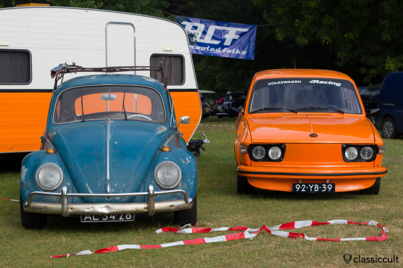 VW 412 LS Variant and VW Bug at IKW