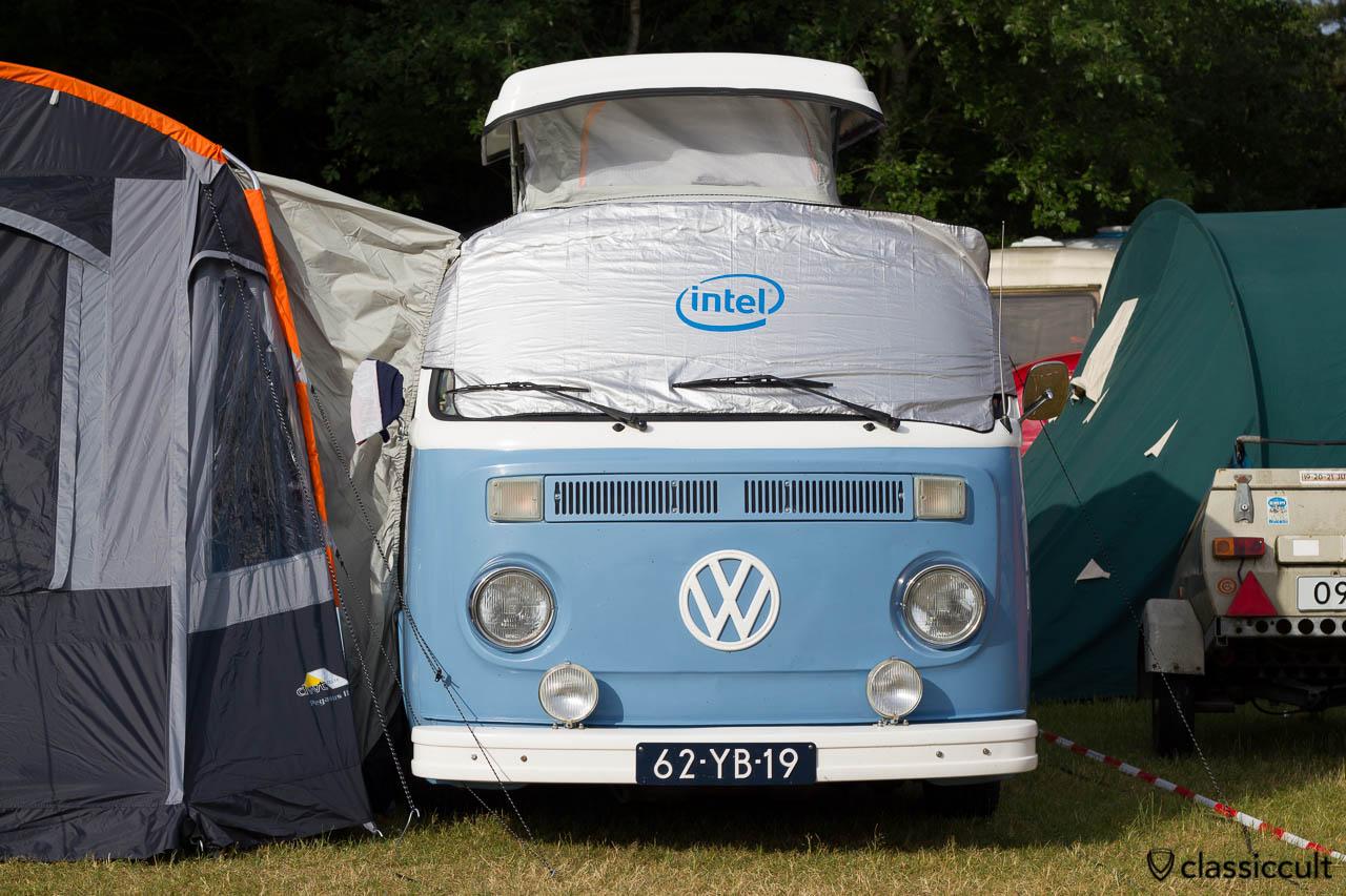 VW T2b Westfalia Pop-Top Camper Van, De Bergen Wanroij