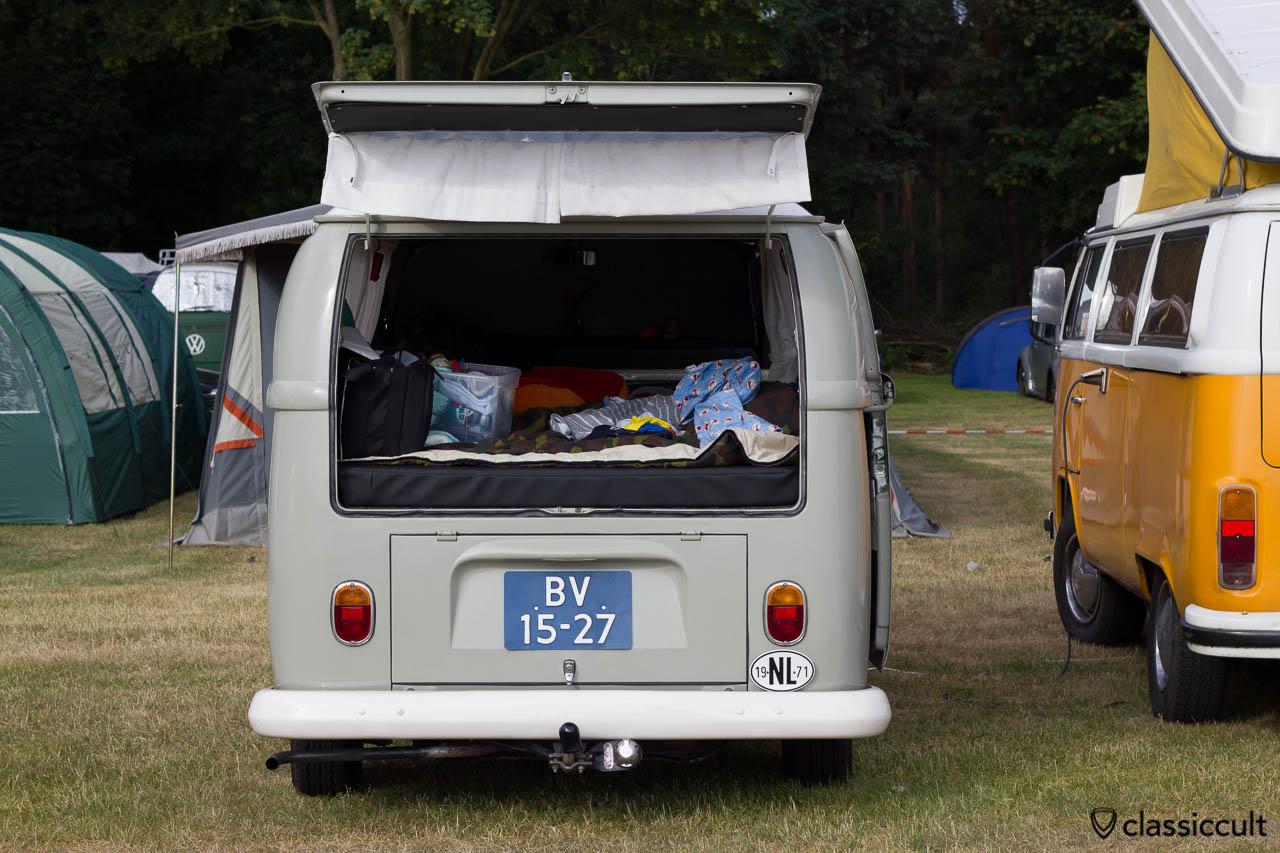 1971 T2a Tin Top Camper Bus, De Bergen Wanroij