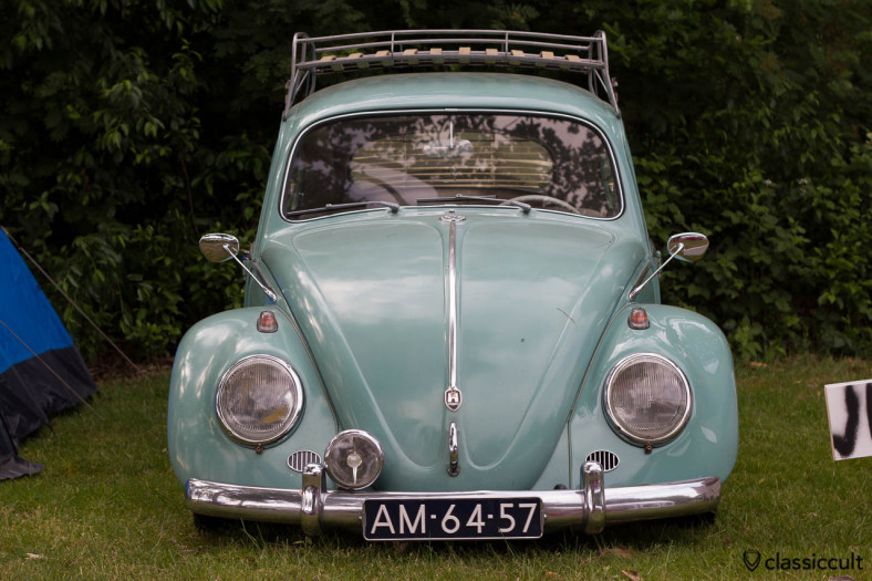VW Bug with Albert Swan Neck Side View Mirrors, Wanroij 2013