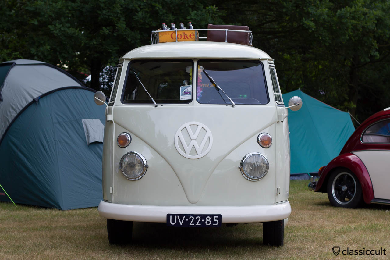 VW T1 Combi Bus 1965 frontside from Roger Geelen Netherland