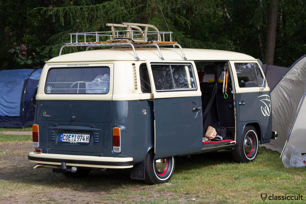 VW T2 Bus from Coesfeld Germany, numberplate with VW sign