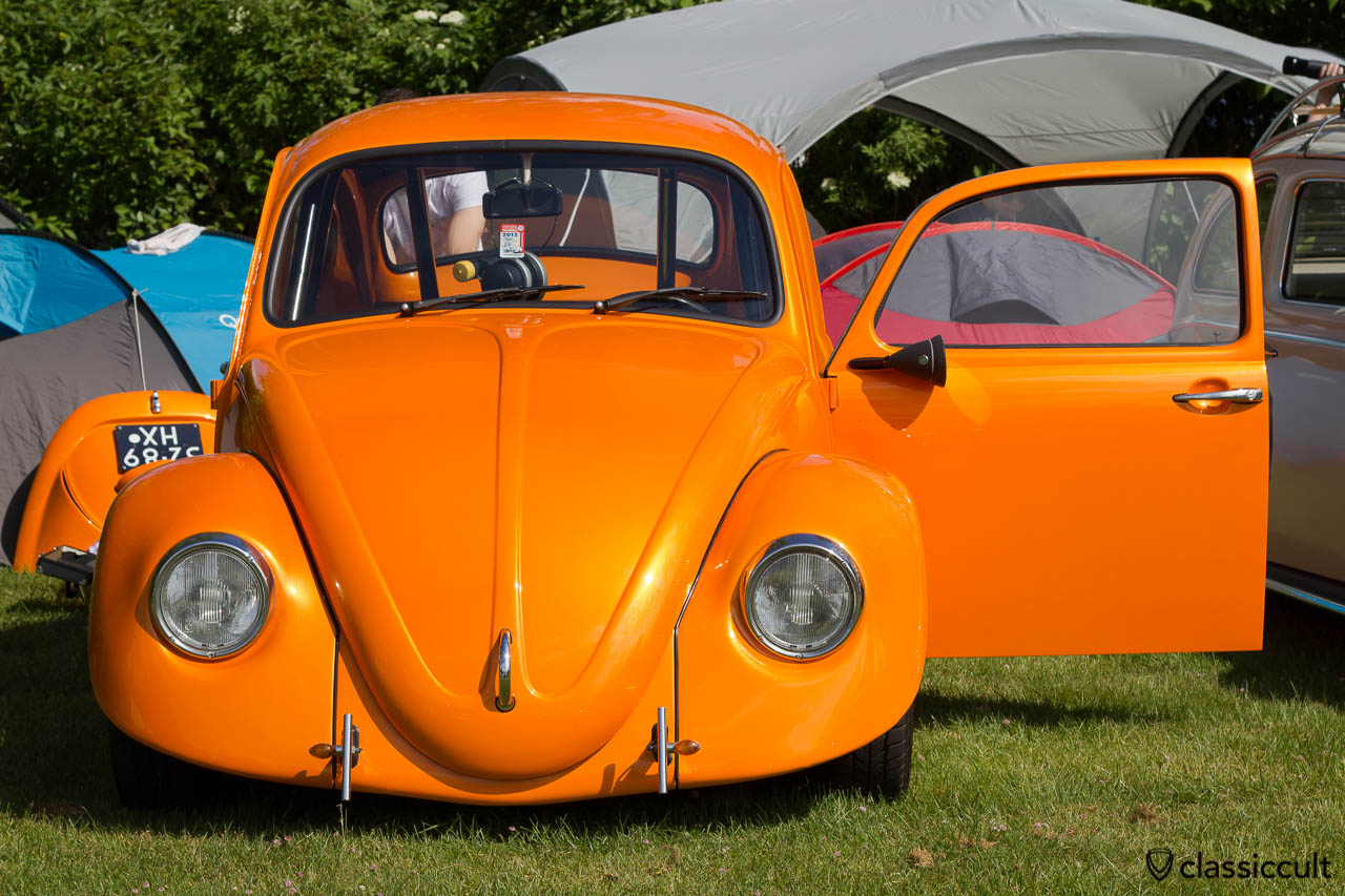 VW Sprint Race Beetle with Talbot Berlin 333 mirror