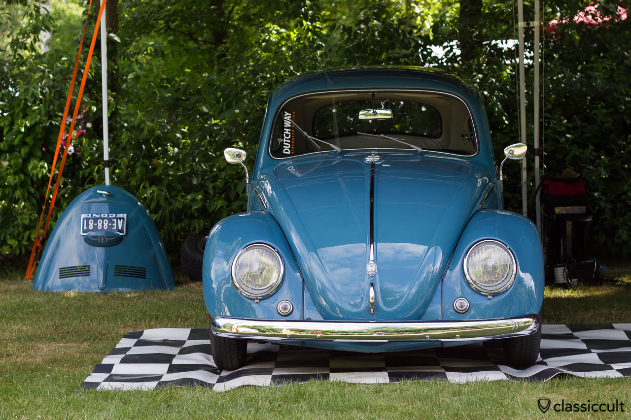 Dutch Way Aircooled Racing blue VW Beetle
