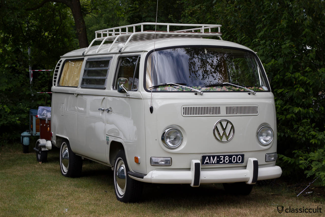 VW T2a Early Bay Tin Top Camper Bus