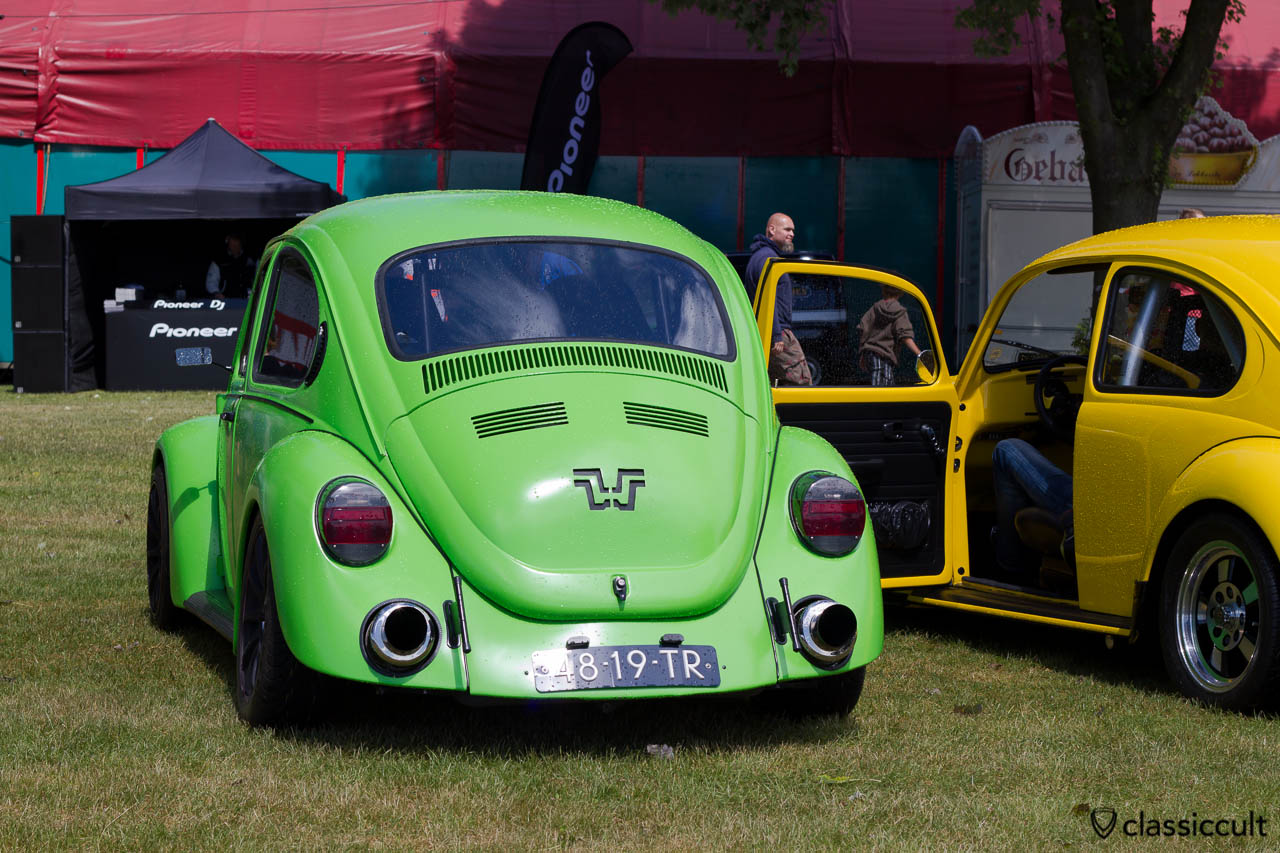 VW Beetle at Custom Vintage Show, WOW