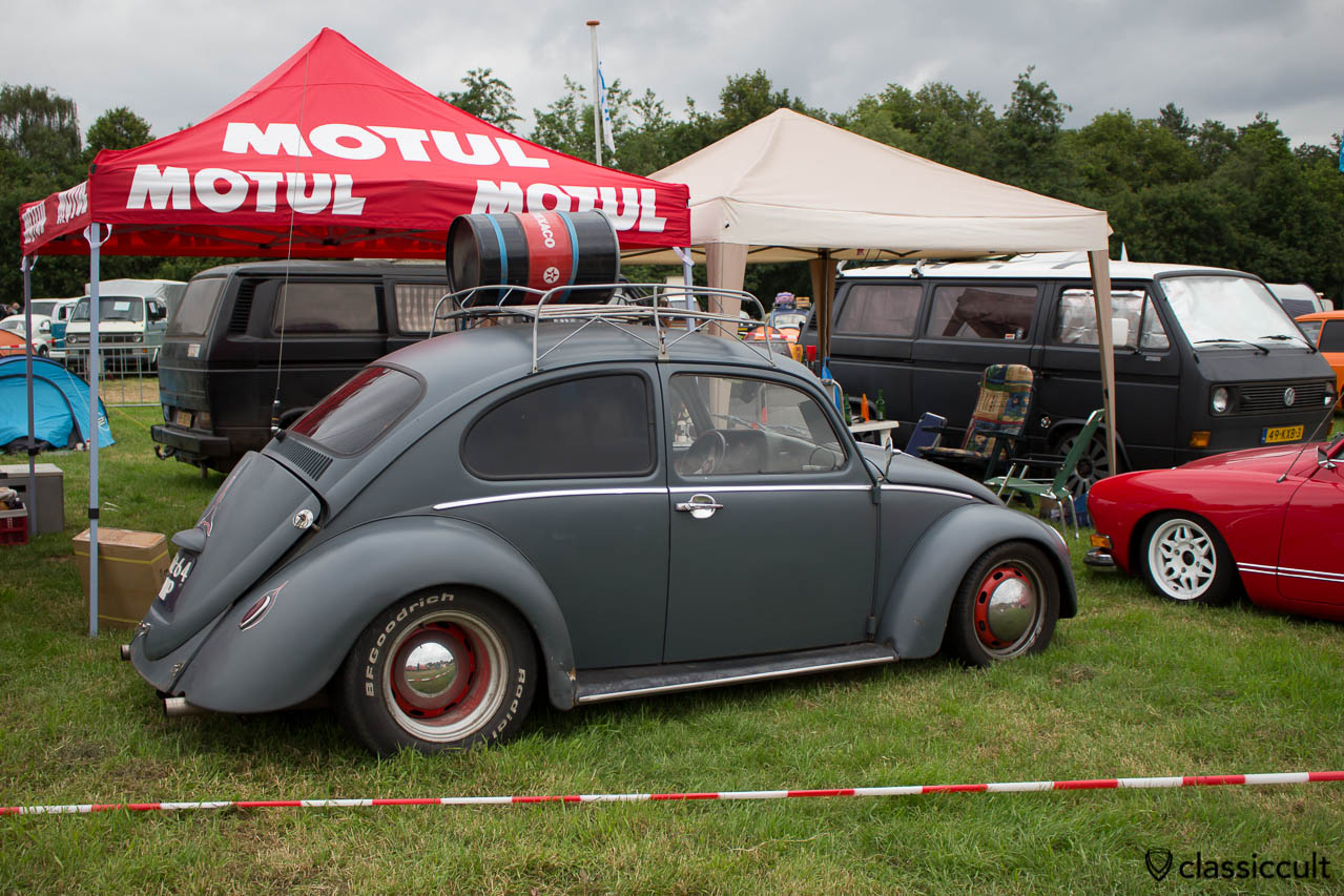 slammed bug with pin striping