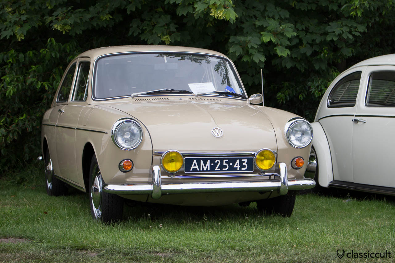 VW 1600 TL with yellow Bosch Fog Lights