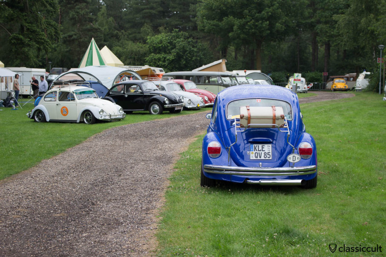 1985 VW Bug with Deck Lid Rack