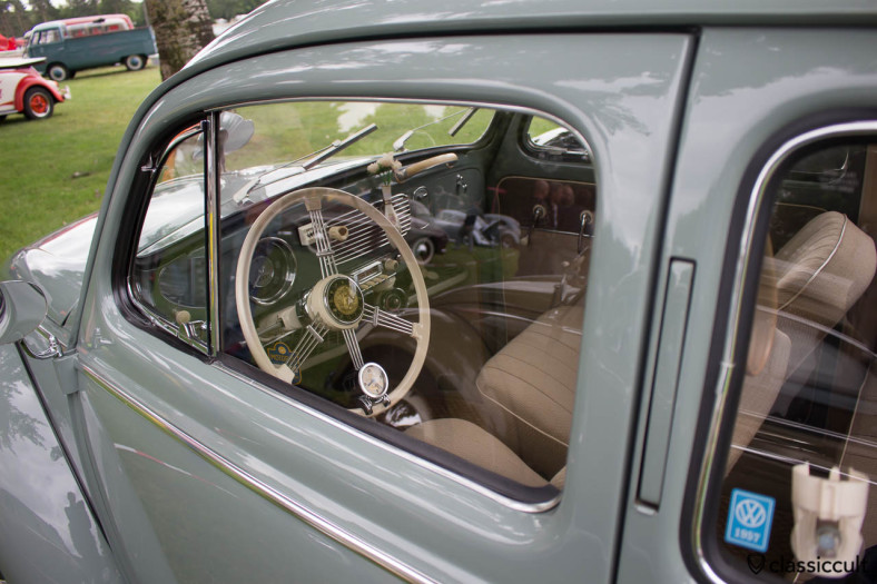 1957 VW oval dash with accessories