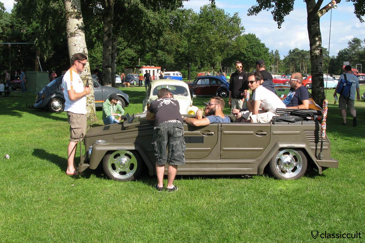 VW 181, low