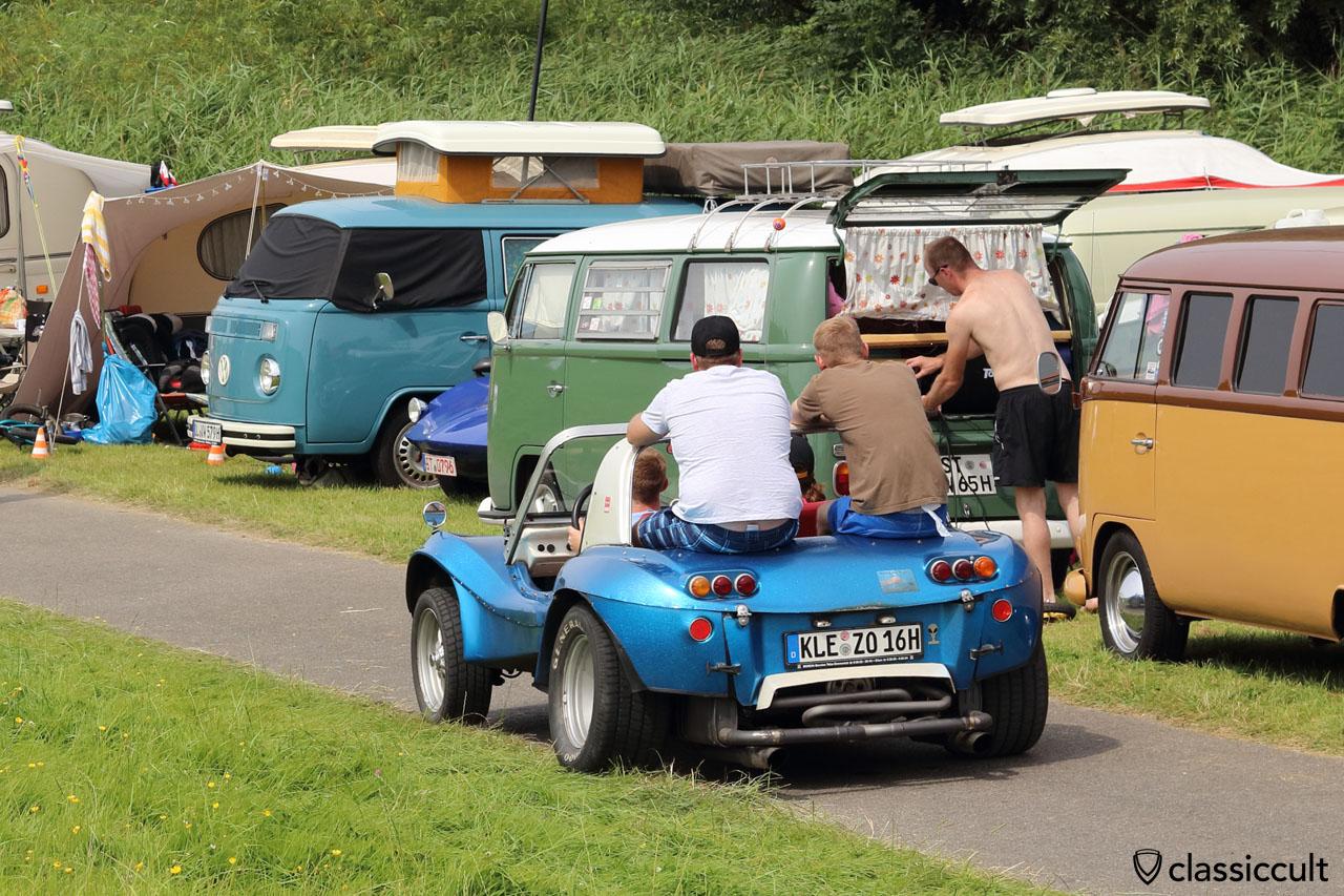 VW Buggy aus Kleve (KLE), zwei Brüder und Freunde onboard
