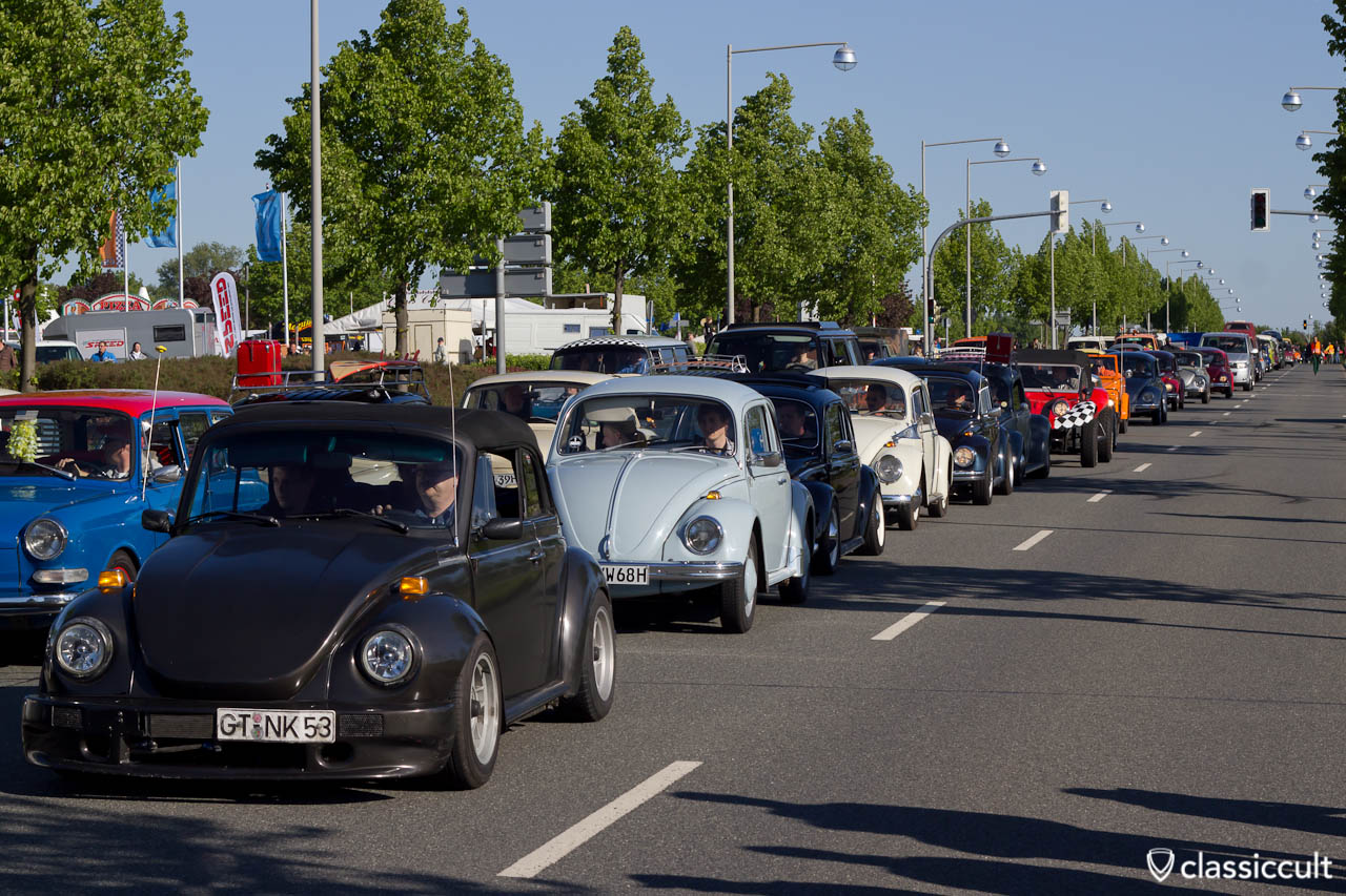 Below about 120 pictures of the VW MaiKaeferTreffen meeting 2016