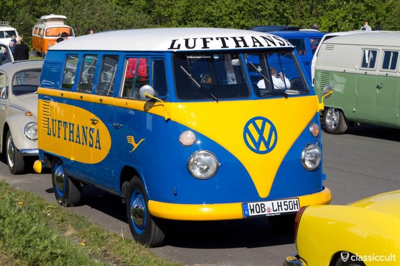 VW T1 Lufthansa Bus