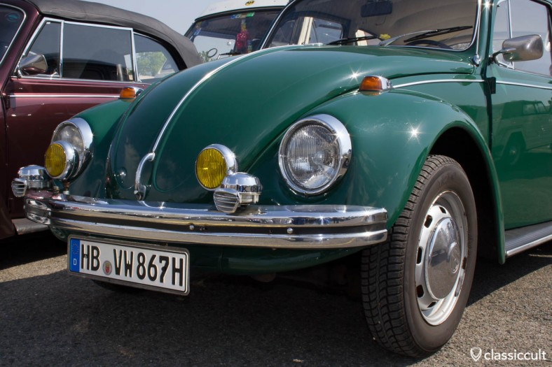 VW Bug with Bosch fog lights and Bosch fanfare horns (nice set but not for this VW, not period correct)