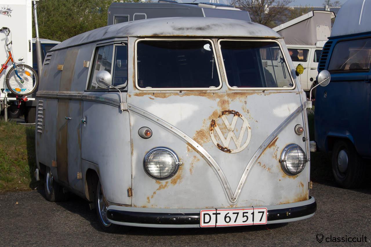 Split Bus mit Tieferlegung und Patina aus Dänemark