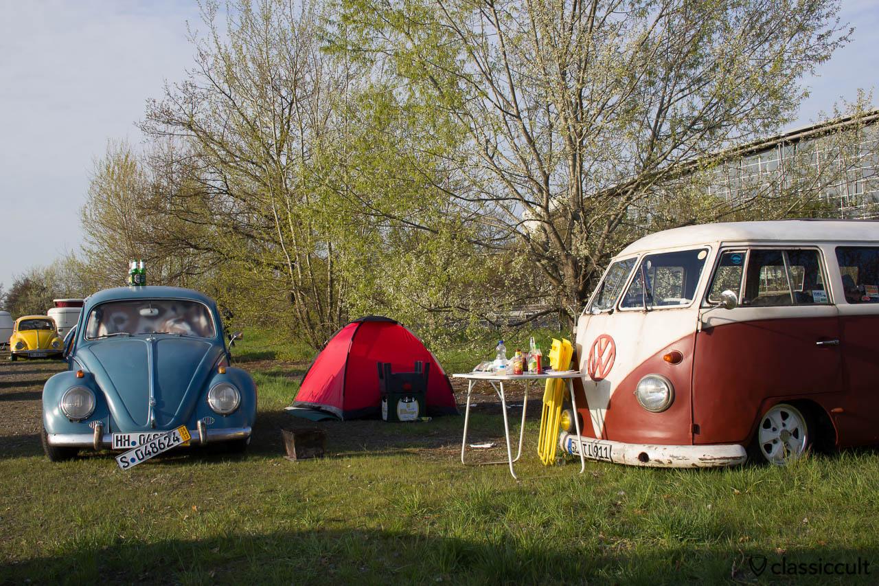 Camping im VW Käfer mit Becks und Bitburger