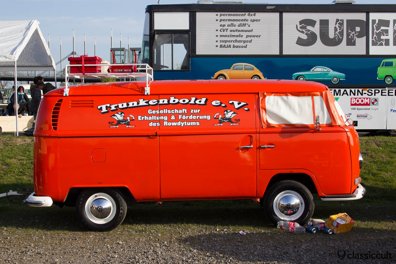 Trunkenbold VW T2 Bus