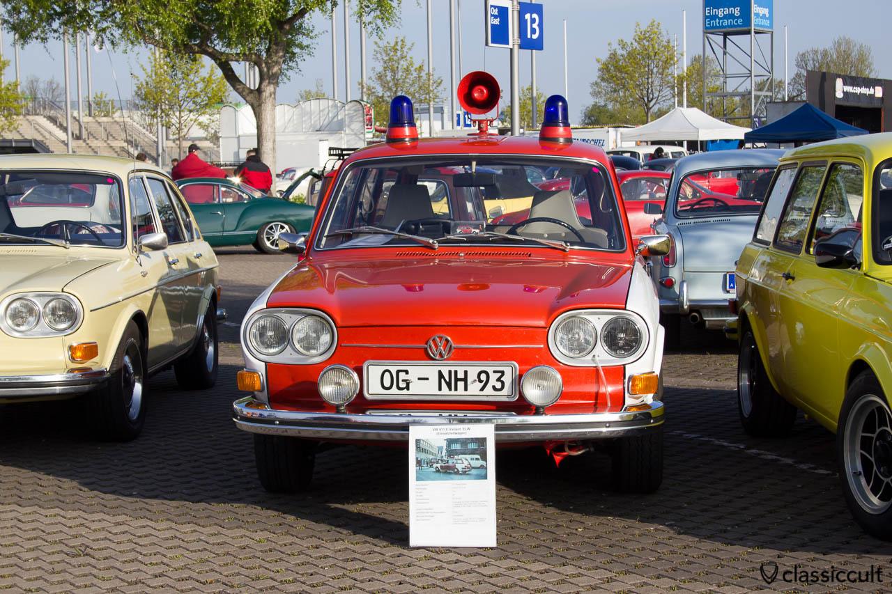 VW 411 E Variant ELW Einsatzleitwagen mit Feuerwehrausstattung von 1971.