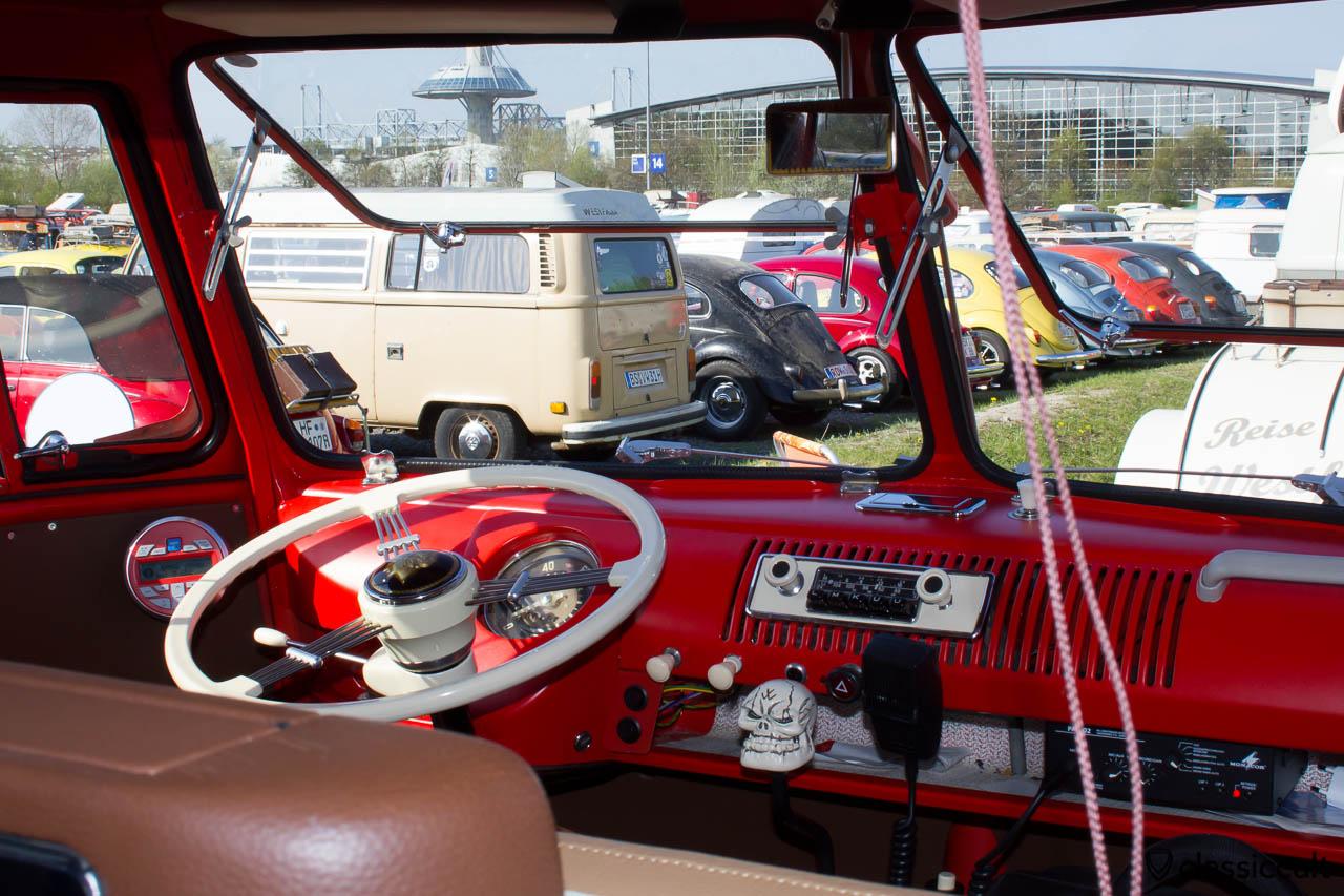 VW Split Bus Safari Fenster