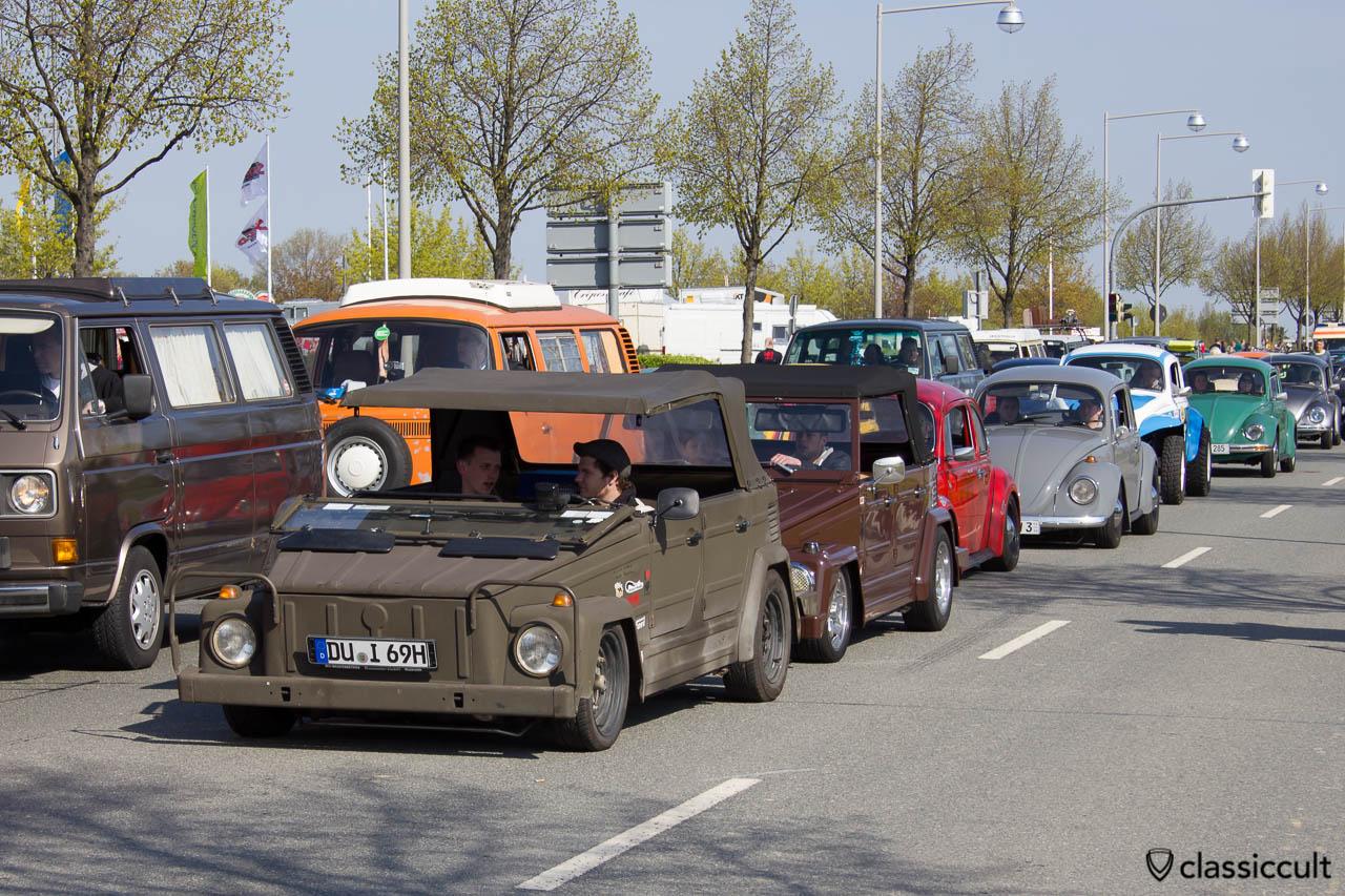 VW Kübel Scheibe vorne heruntergeklappt