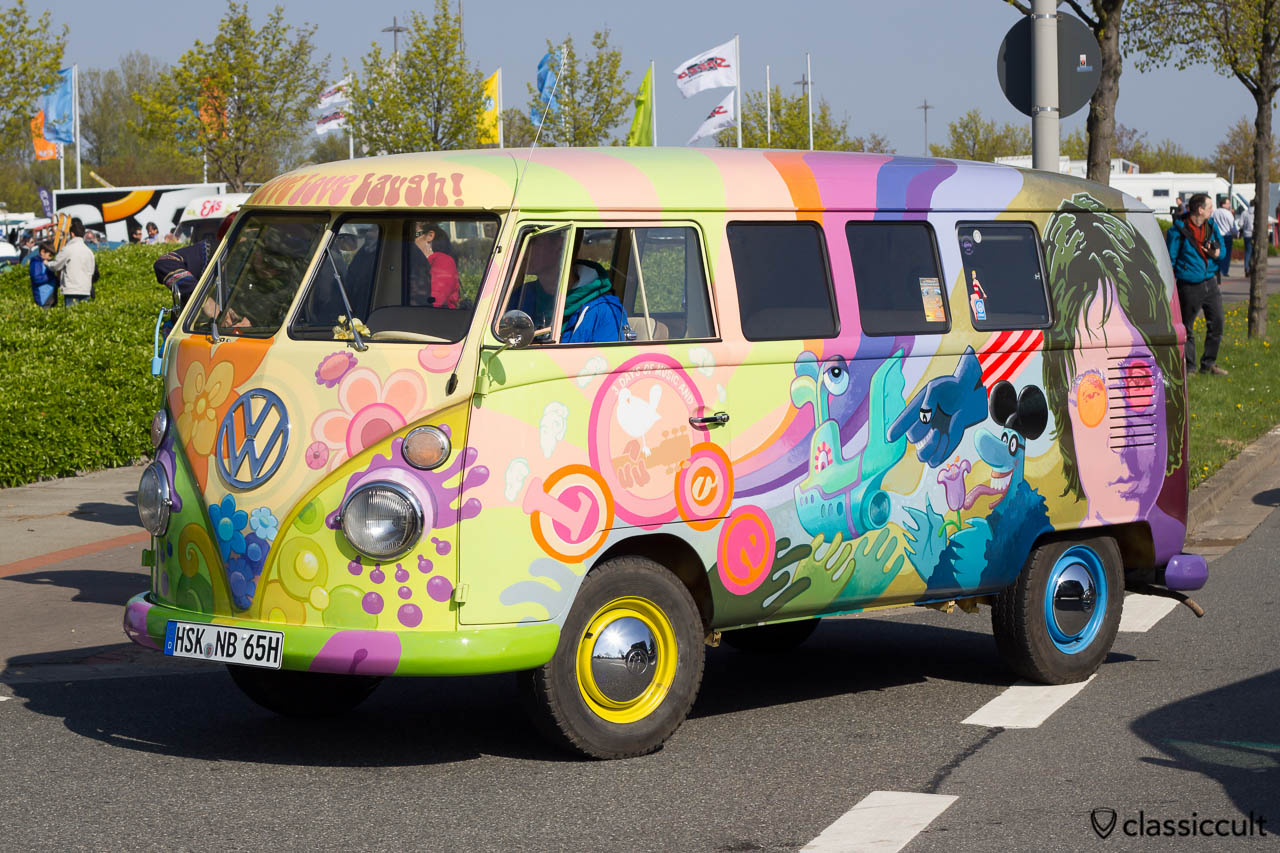 1965 VW Split Love Bus