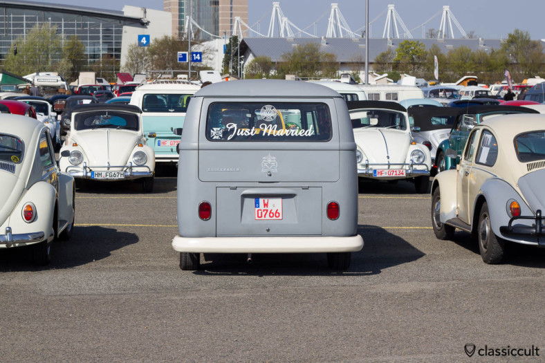 VW T2a Bus Just Married