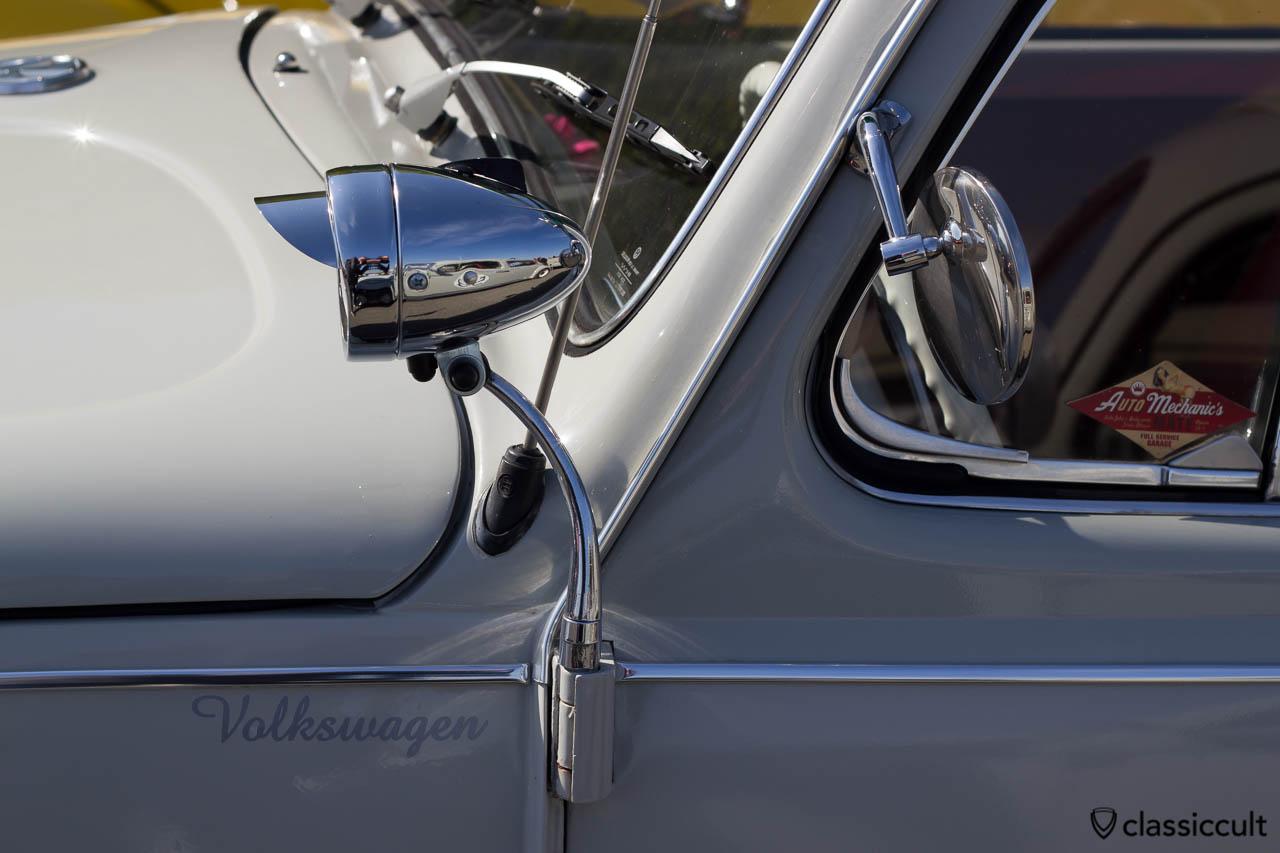 Suchscheinwerfer am VW Käfer