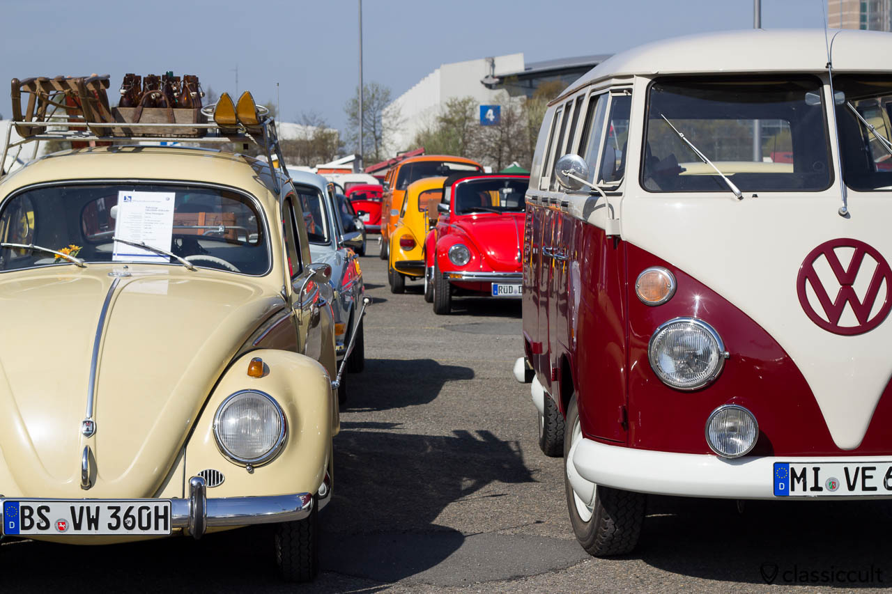 1960 VW Käfer trifft 1962 VW Bully