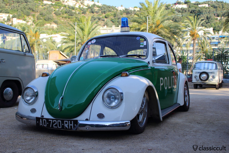 "8:26 in the morning and the Police was there with german ""Polizei"" VW Beetle, so a very save Cox d'Azur Meeting."