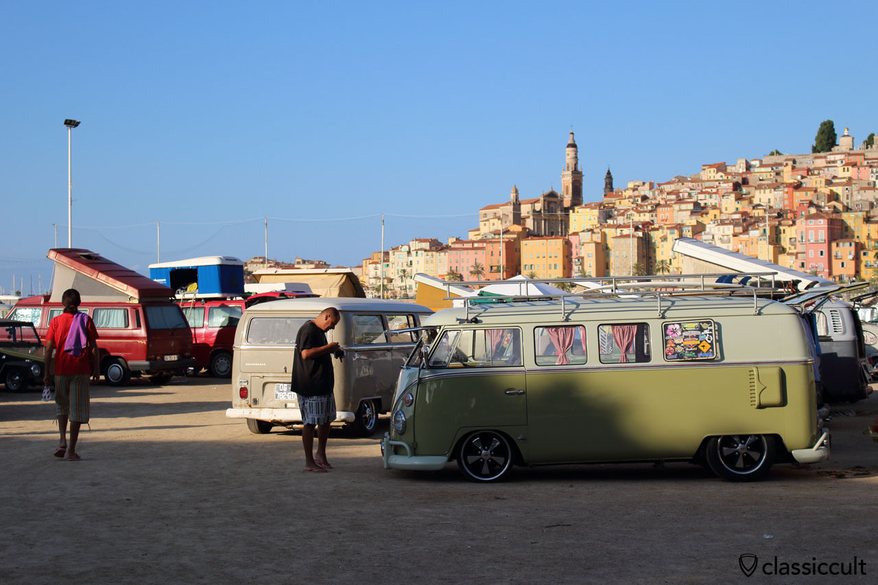 T1 Split Bus at Menton VW Show 2014 at 8:30 a.m., now the owner is up.