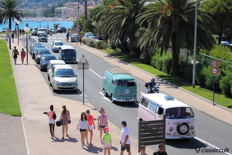 Parade along Promenade du Soleil Menton Cox Meeting 2014