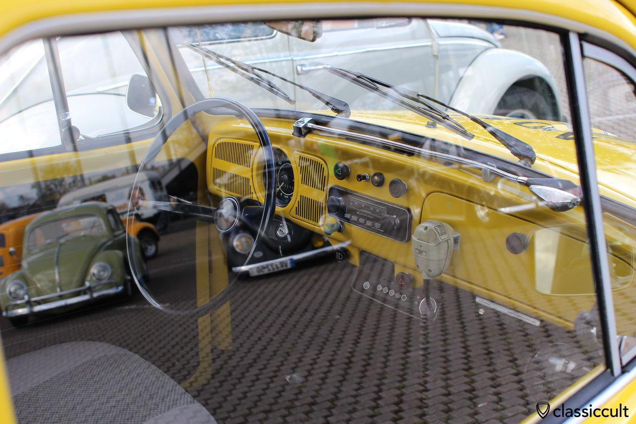 ADAC Strassenwacht VW Käfer Armaturenbrett mit langer Kartenlampe