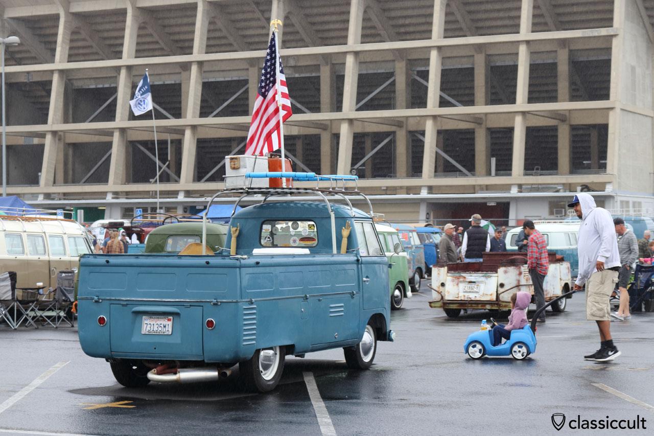 blue VW Single cab bus