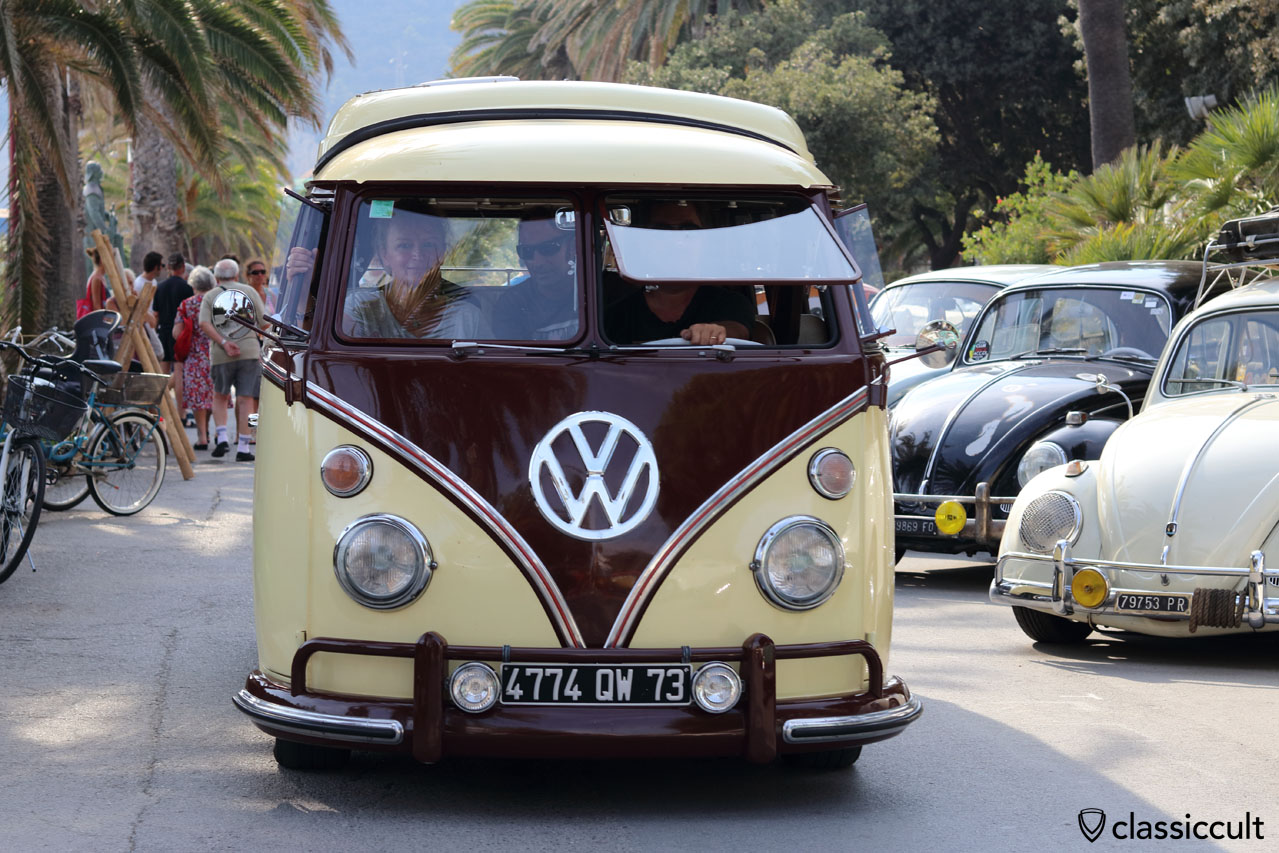 VW T1 Bus with Safari Windows