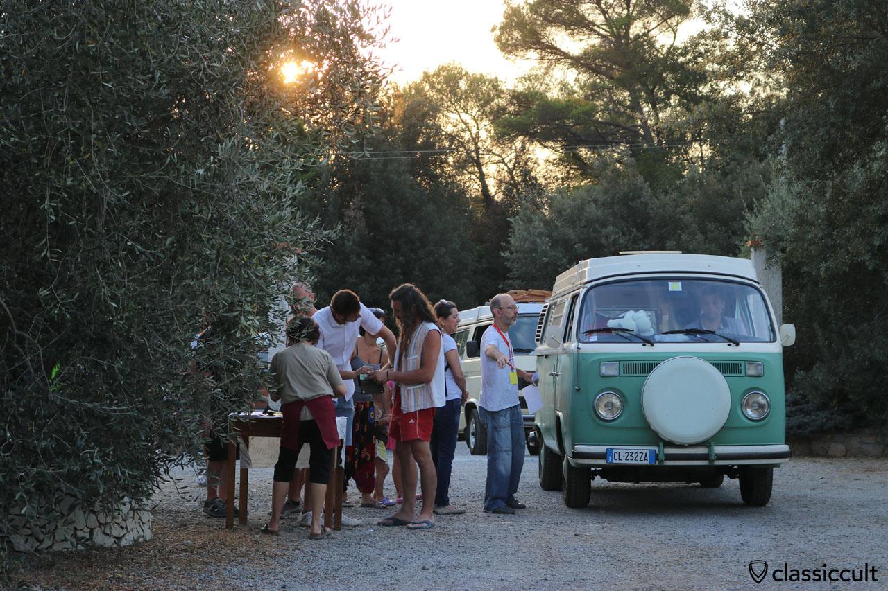 VW Westy Camper just arrived at Camping Terre Rosse