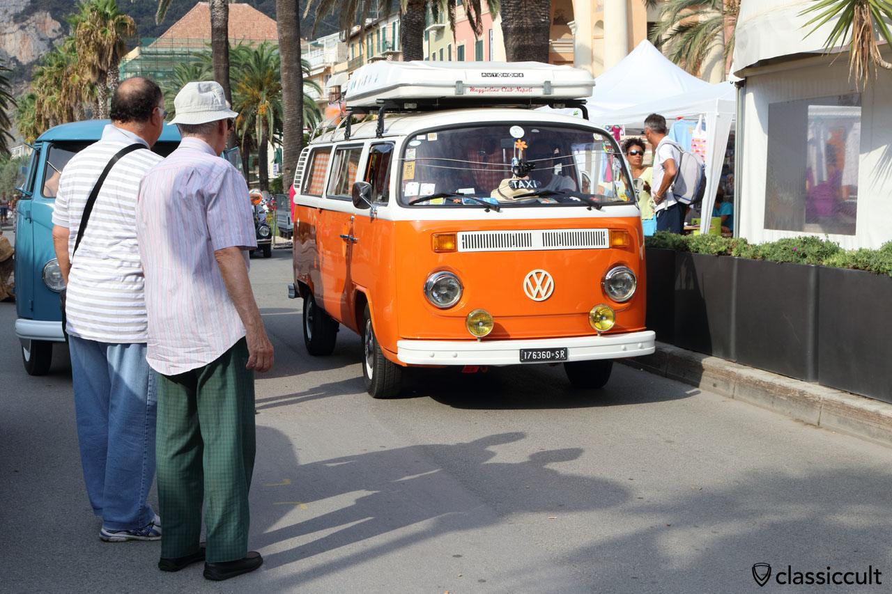 orange whtie T2 Bus