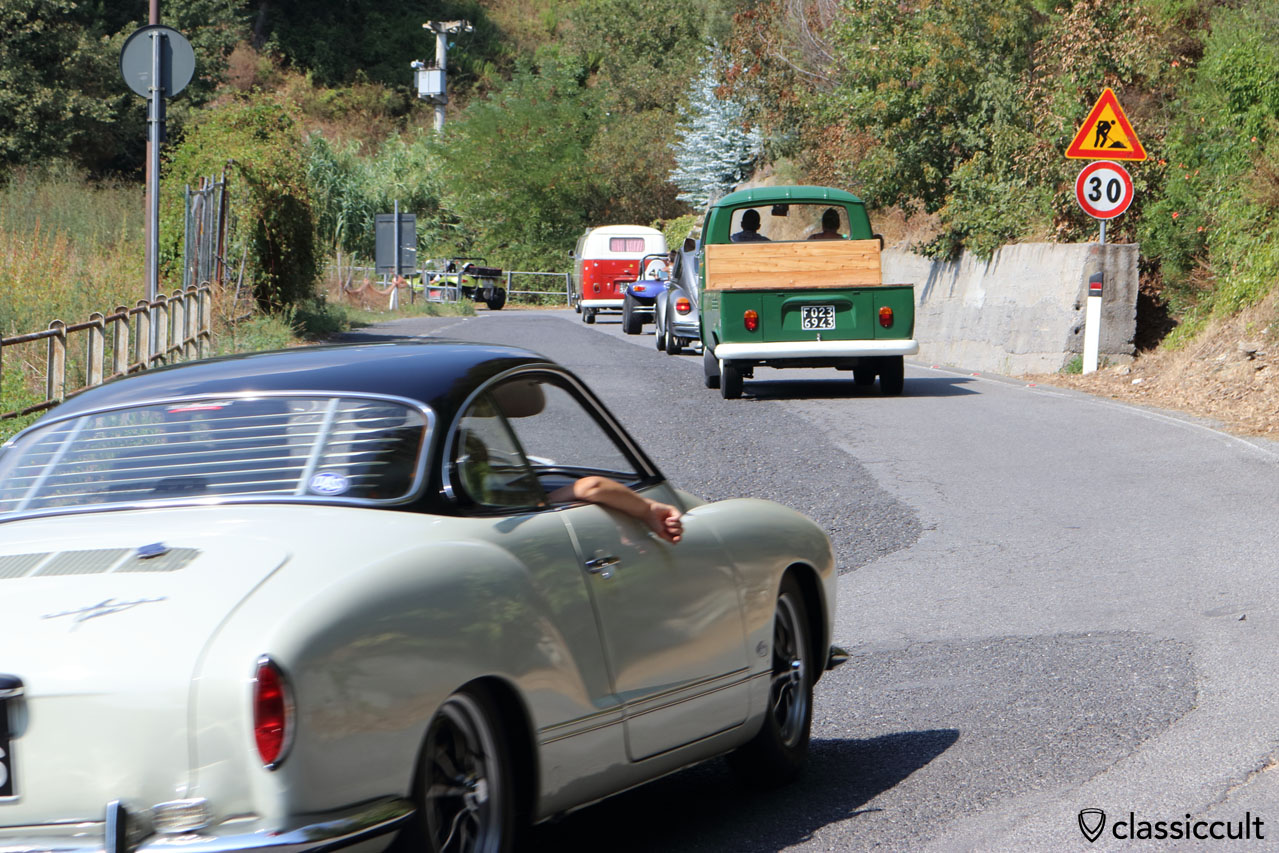 Aircooled VW Fans in Giustenice, climbing the hill to San Michele church