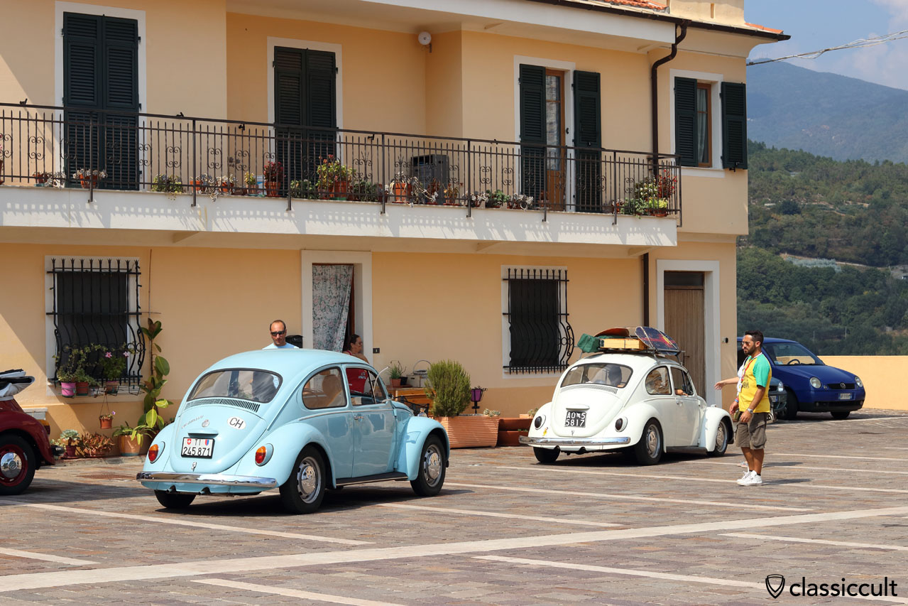 VW Beetles at San Michele church, RiVWiera Show 2016