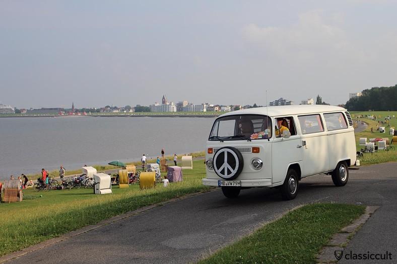 T2 Peace Bus