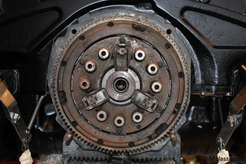Saxomat automatic clutch mounted on my 1965 VW Beetle motor, never been disassembled