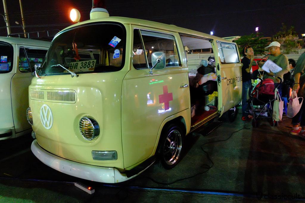 T2a ambulance bus