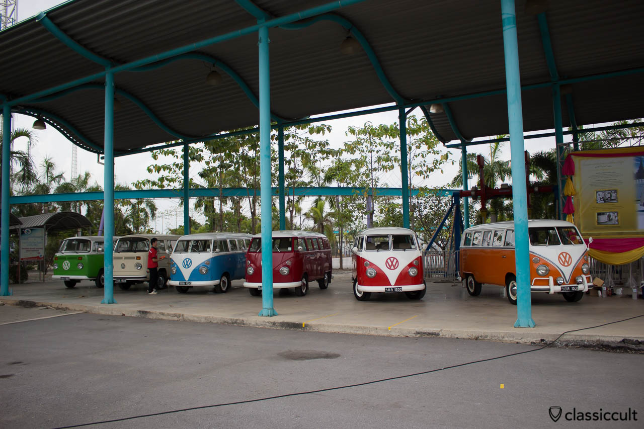 Six VW buses of The King of Thailand at Siam VW Festival 2014