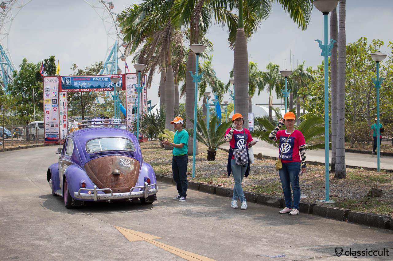 VW Beetle rear side, RUST IS NOT A CRIME
