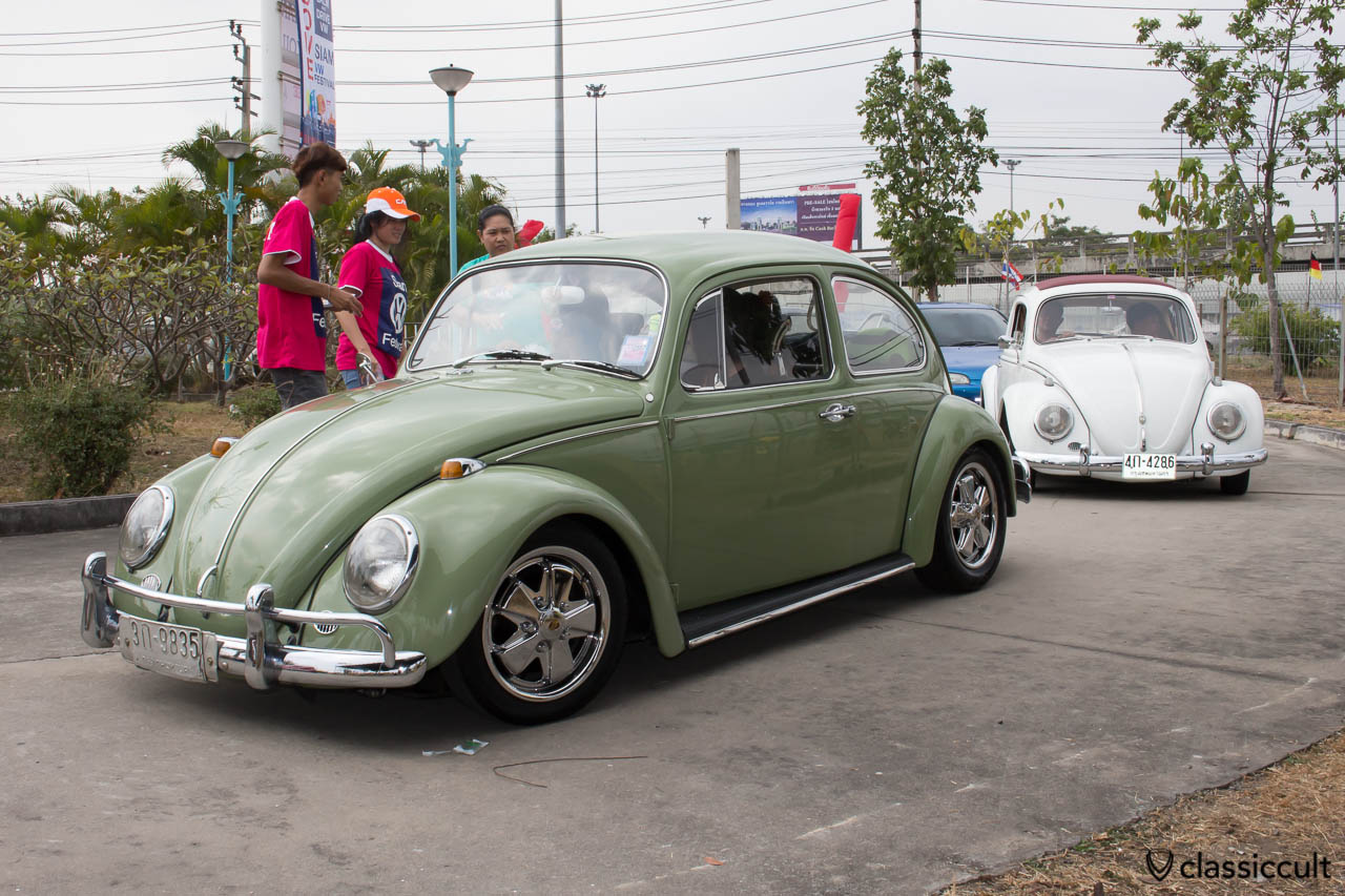 Beetle with chrome Porsche fuchs wheels