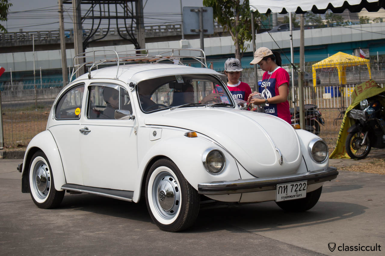vw bug with sun visor